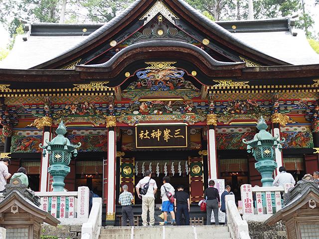 三峰神社本堂