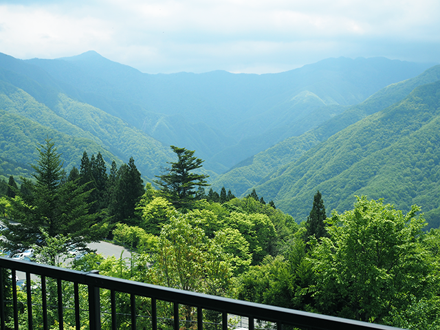 三峰神社かたみた奥秩父の風景