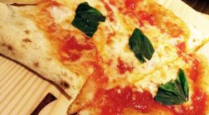 高田馬場で手軽に石釜ピザが食べられるお店 A PIZZA(エーピッツァ)サムネイル