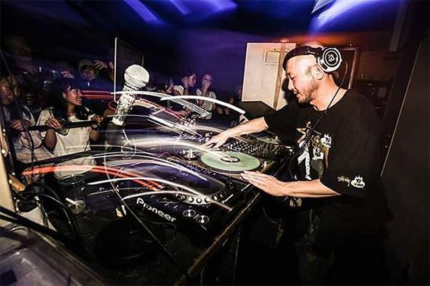 DJ TOKU