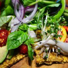 旬の無農薬野菜を使ったローフードランチ付きのヨガレッスン!yuka yoga × raw food!サムネイル