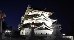みちのく5大雪まつり!青森県弘前市にて、2月8日から11日まで『弘前城雪燈籠まつり』を開催サムネイル